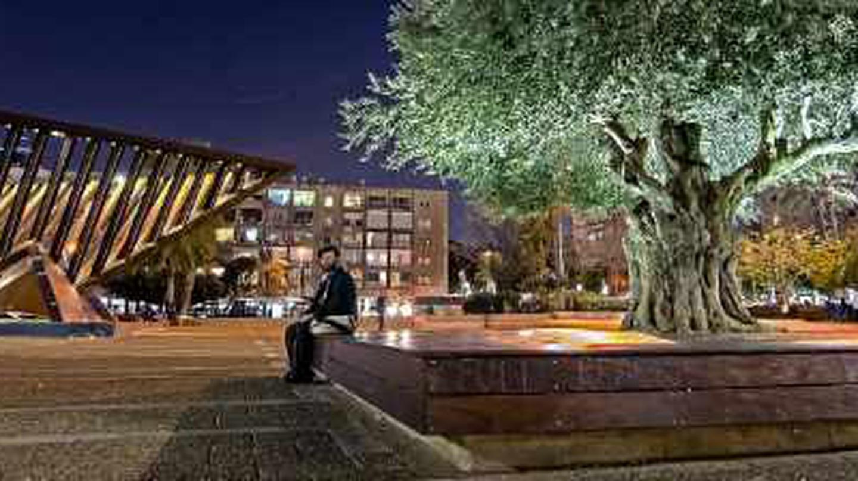 Top 8 Things To Do In Tel Aviv's Kikar Rabin Neighborhood