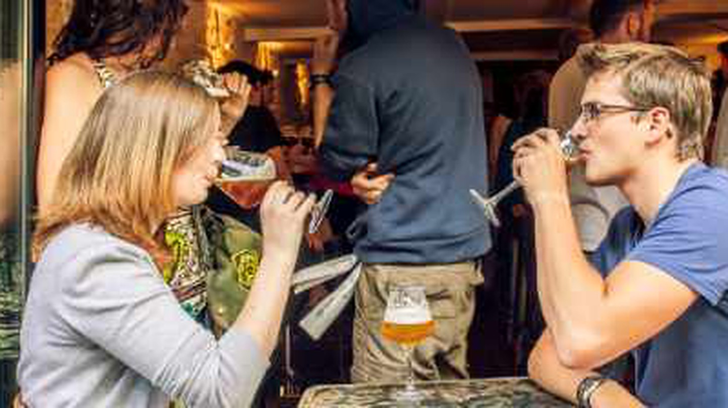 Top 10 Places To Enjoy Beer In Paris