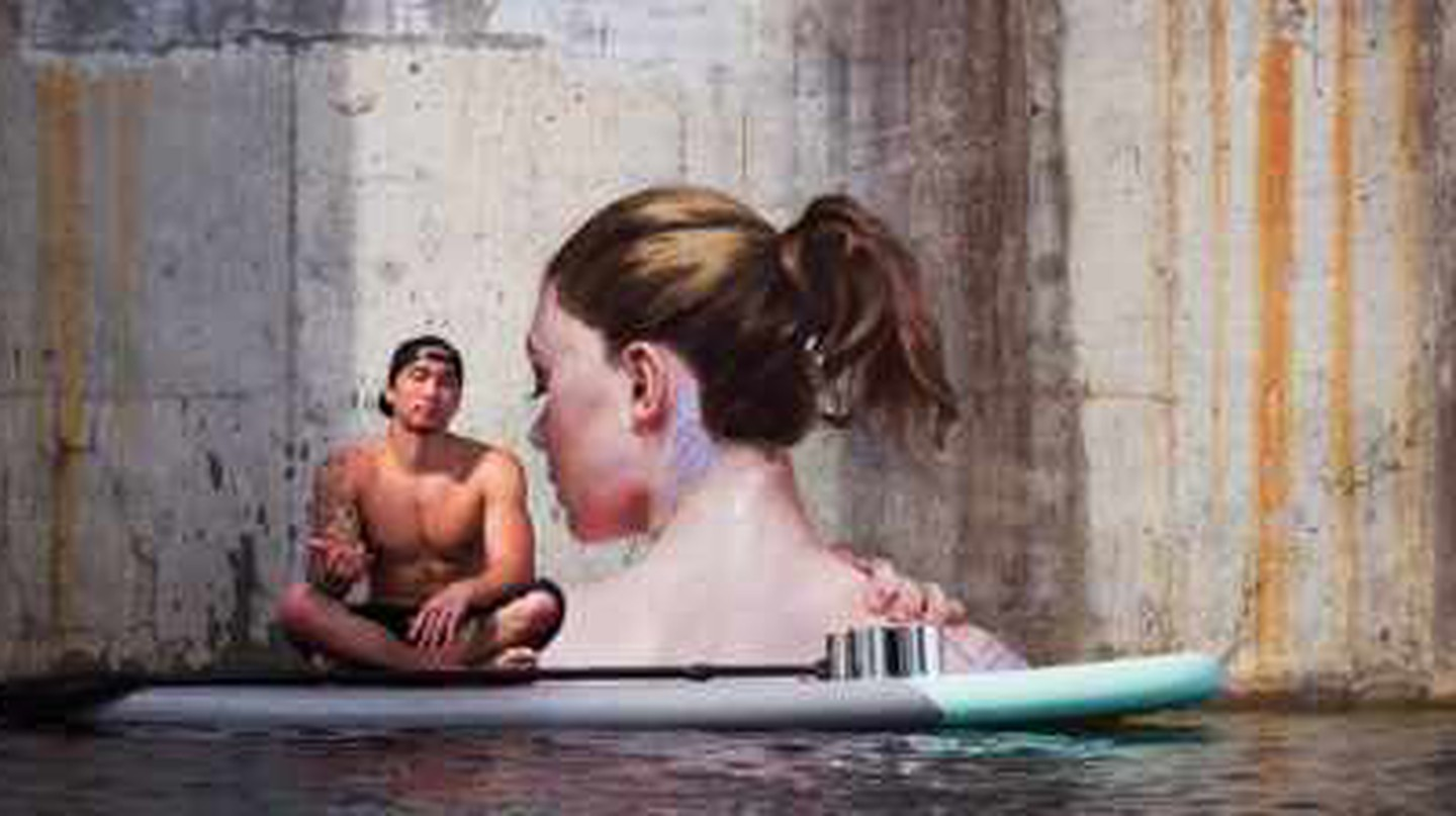 Hula's Amazing Waterside Murals Painted from a Paddleboard