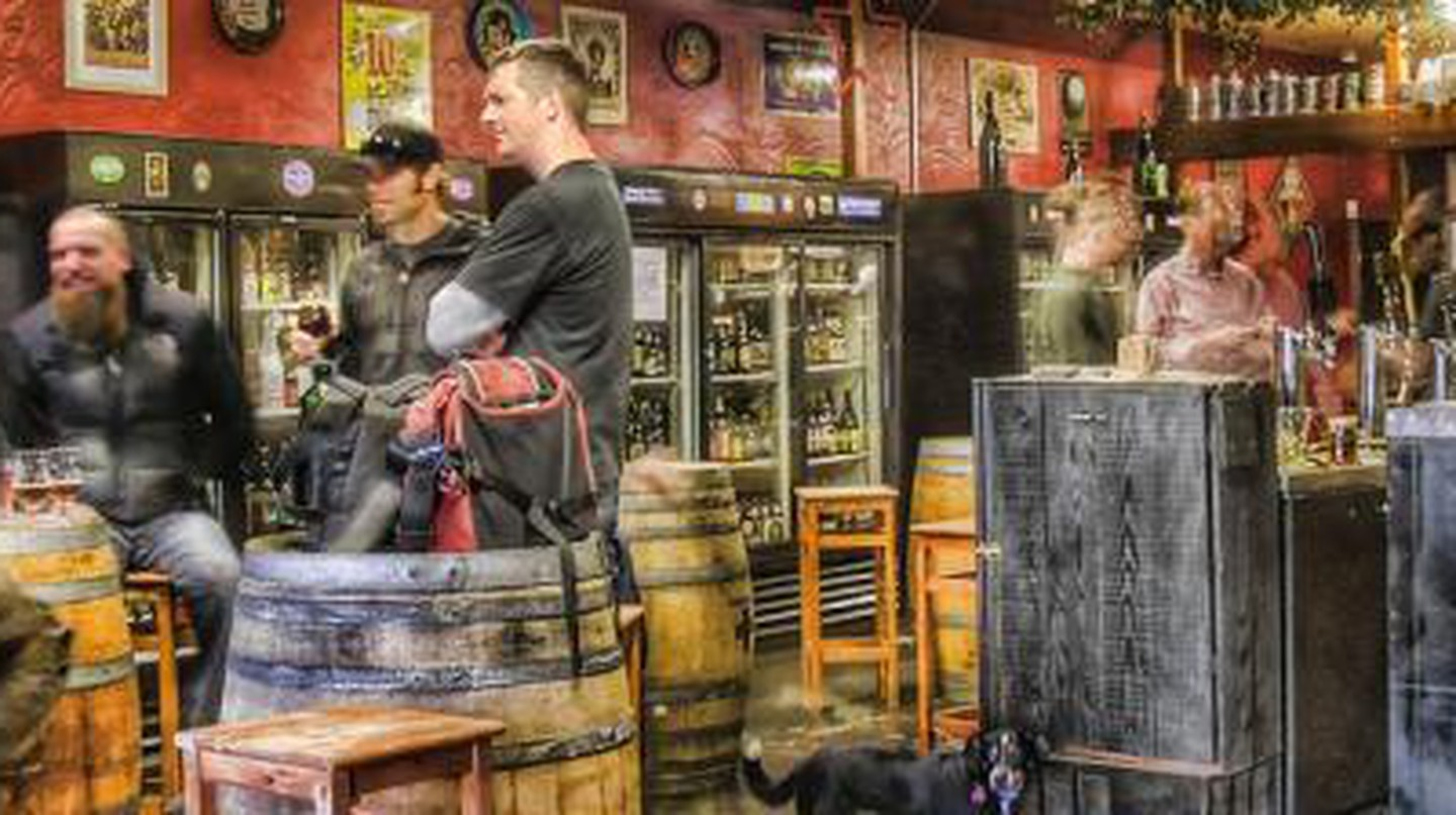 The Top 10 Local Bars and Pubs in the Bay Area, California