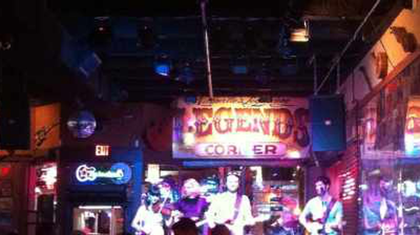 The Best Country Music Bars in Nashville