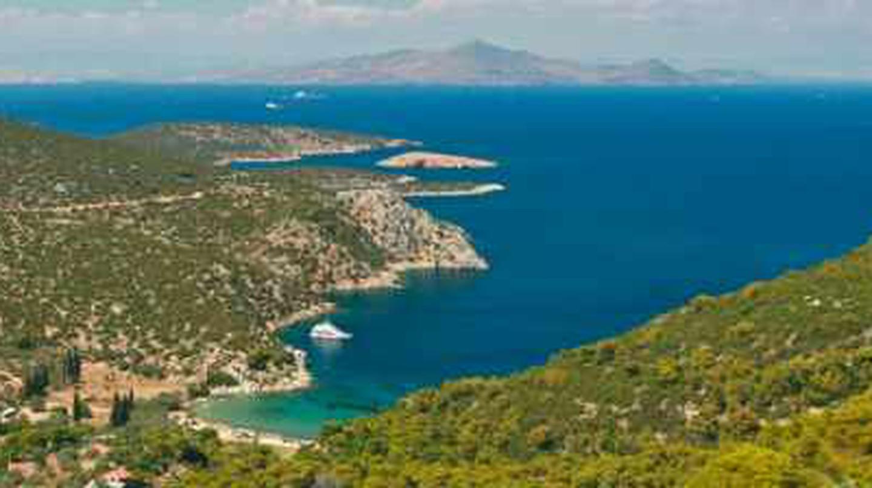 Top 5 Reasons To Visit The Greek Island, Poros
