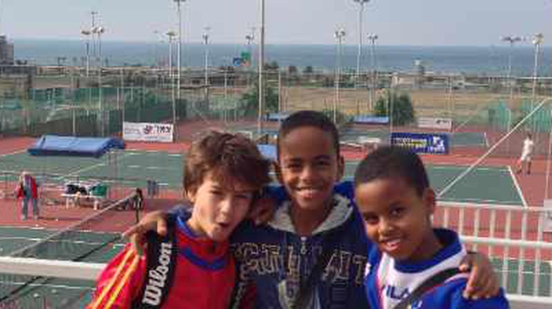 Israeli Tennis Centers Nurturing Co-Existence