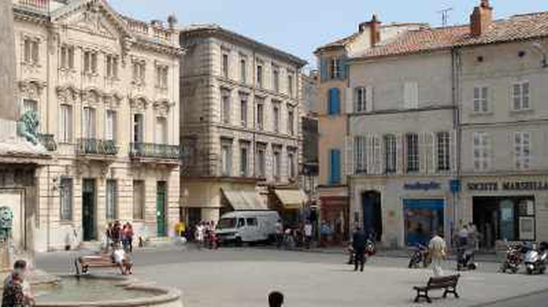 The 10 Best Restaurants In Arles, France