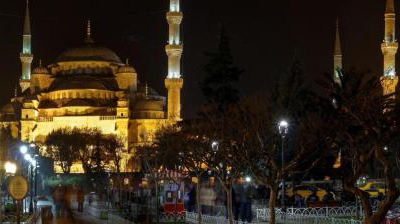 The 10 Best Bars Near Istanbul's Tünel