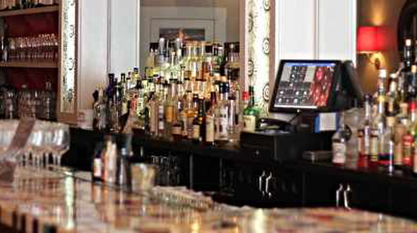 The 10 Best Bars In Friendship Heights, Washington DC