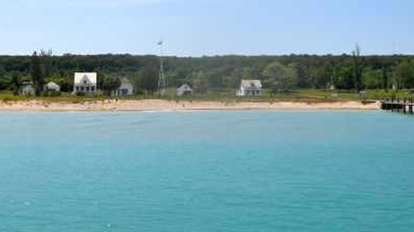 The Top Best Beaches In Michigan
