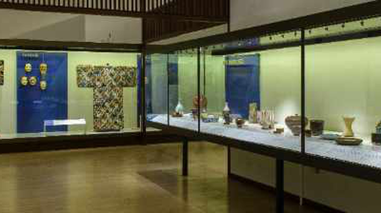 Jubilant Japanese: The V&A Toshiba Gallery Reopens