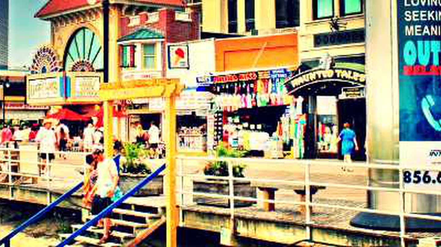 10 Amazing Things To See & Do In Atlantic City, New Jersey