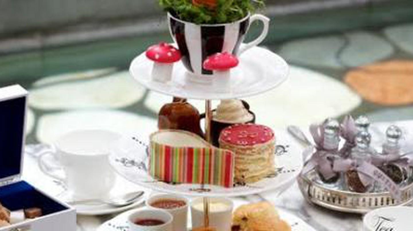The 5 Best Spots For Afternoon Tea in London