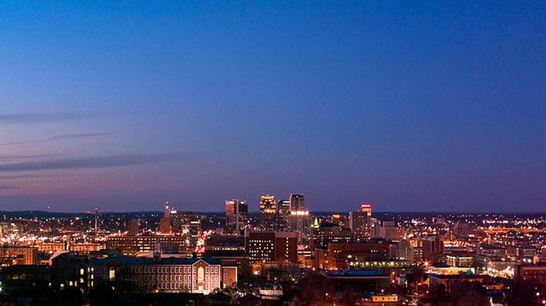 Birmingham, AL (the Magic City) at dusk | © Robert S. Donovan/Wikicommon