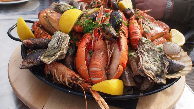 Seafood platter| ©Tom O'Malley/Flickr