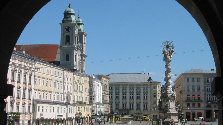 Austria Linz Centre Hauptplatz | ©Rolf Süssbrich / Wikipedia