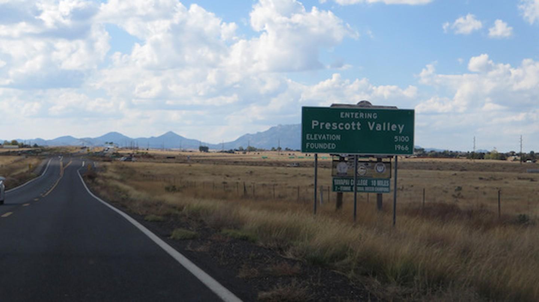 Entering Prescott Valley   © Ken Lund/Flickr