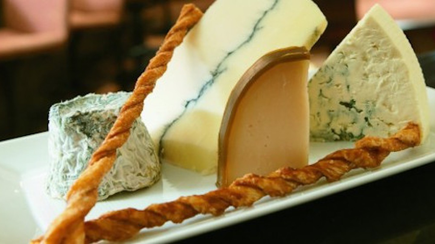 Wisconsin artisanal cheese at The Immigrant Restaurant | © Kohler Co