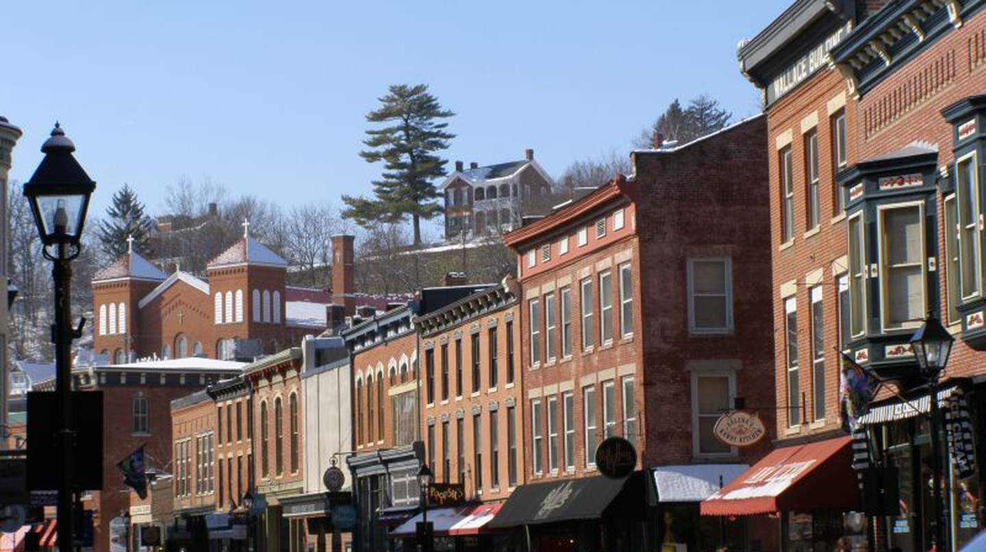 Main Street Galena | © Chris Light/Wikicommons