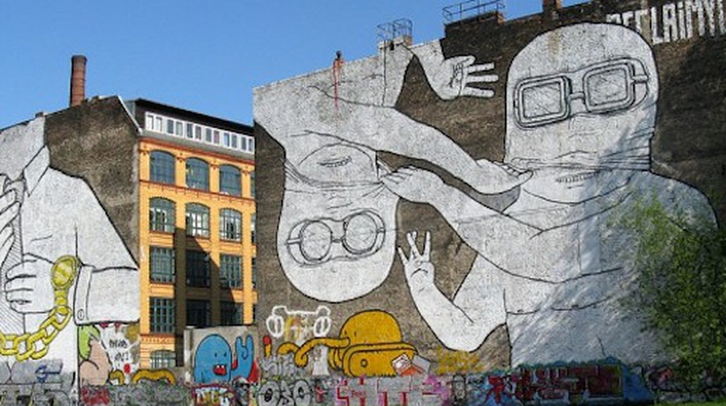 'Cuvry Graffiti' street art by Blu in Berlin-Kreuzberg | © Frank M. Rafik/WikiCommons