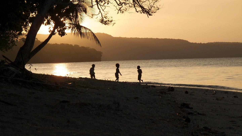 Vanuatu at sunset | © tpsdave/Pixabay