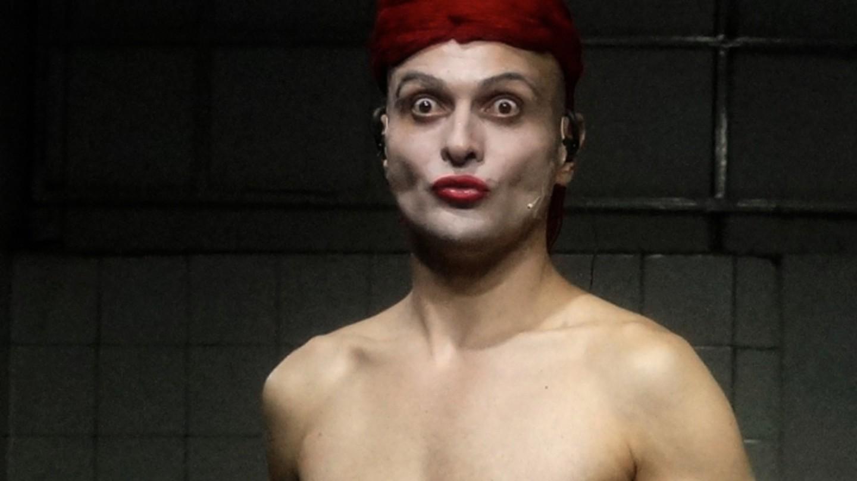 Ivo Dimchev, FB Theatre / © Ivo Dimchev, Kaaitheatre