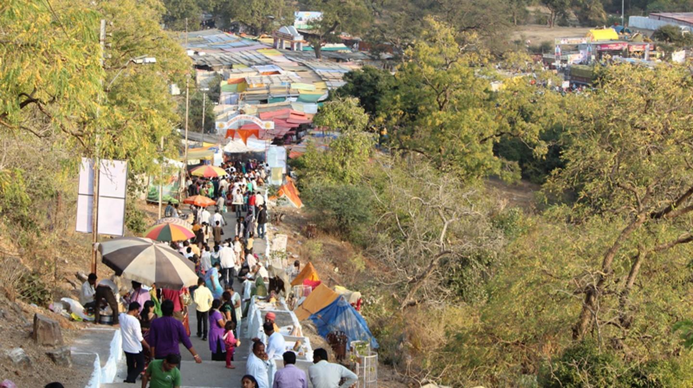 People gather at the yatra   © Sunita Mudaliar
