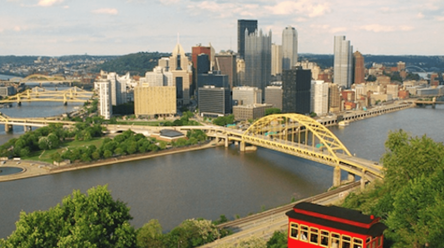 A Walking Guide To Exploring Amazing Spots In Pittsburgh