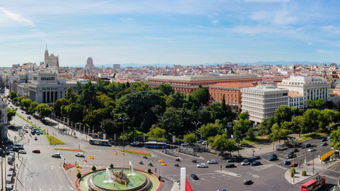 View to the east from Palacio de Cibeles | ©  Jose Antonio Moreno Cabezudo
