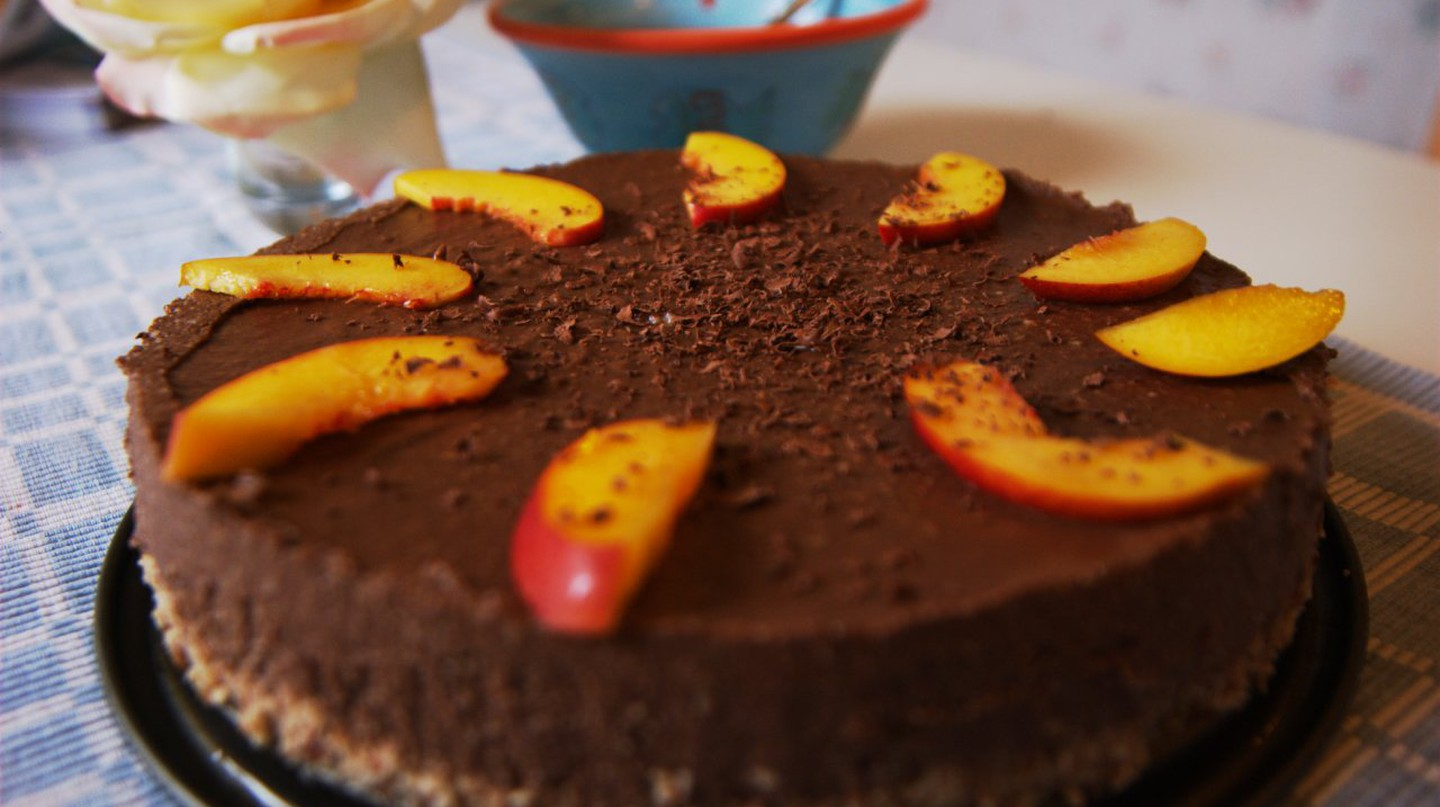 Raw Chocolate Cake | © Christoffer Undisclosed / Flickr