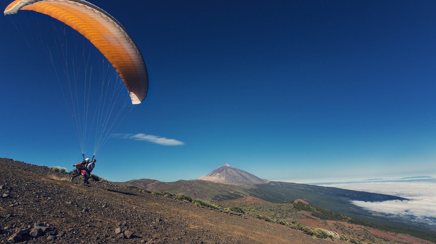 Flying through the park © Turismo de Tenerife