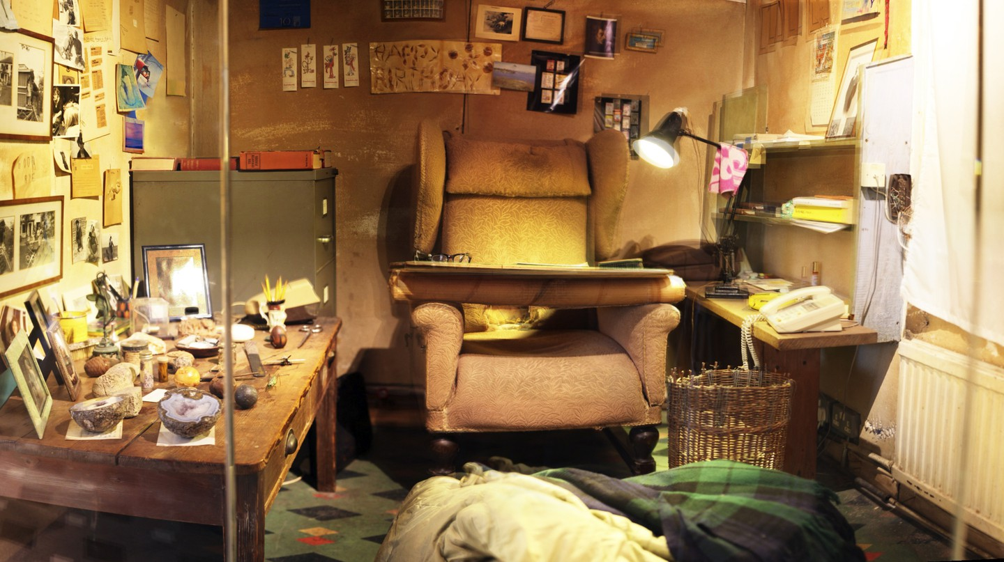 Inside Roald Dahl's original Writing Hut in Solo Gallery  | Courtesy of The Roald Dahl Museum and Story Centre