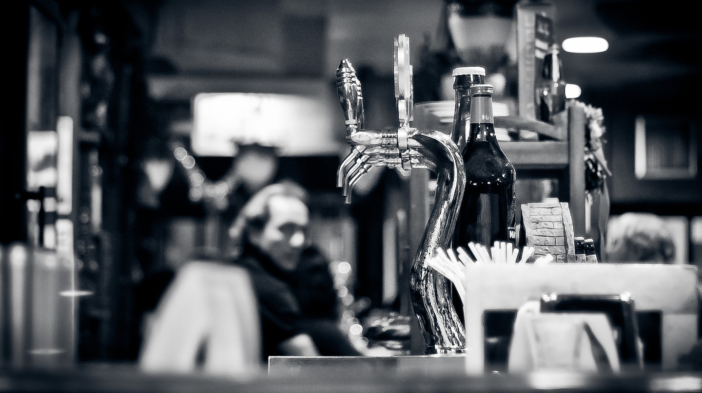 Beer tap © Hernán Piñera/Flickr