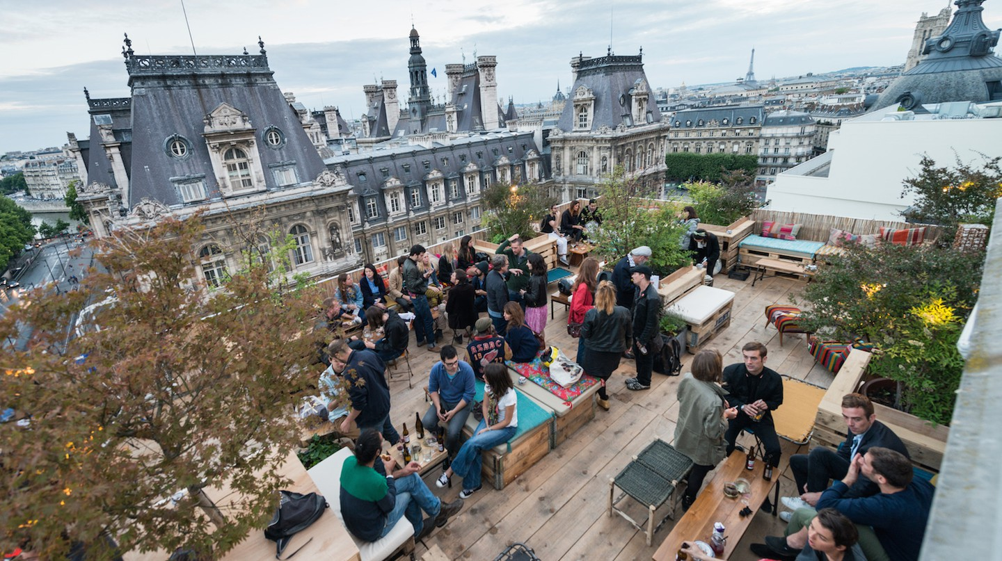 Enjoy unrivalled views of Paris at Le Perchoir