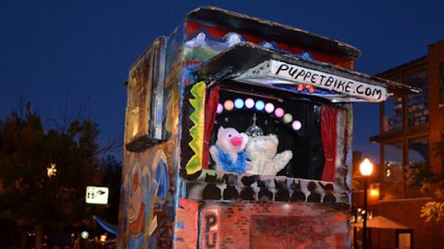 Puppet Bike | © garbagetime76/Flickr