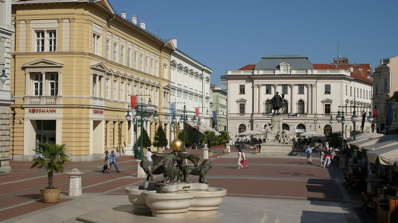 Kossuth Lajos statute Szeged