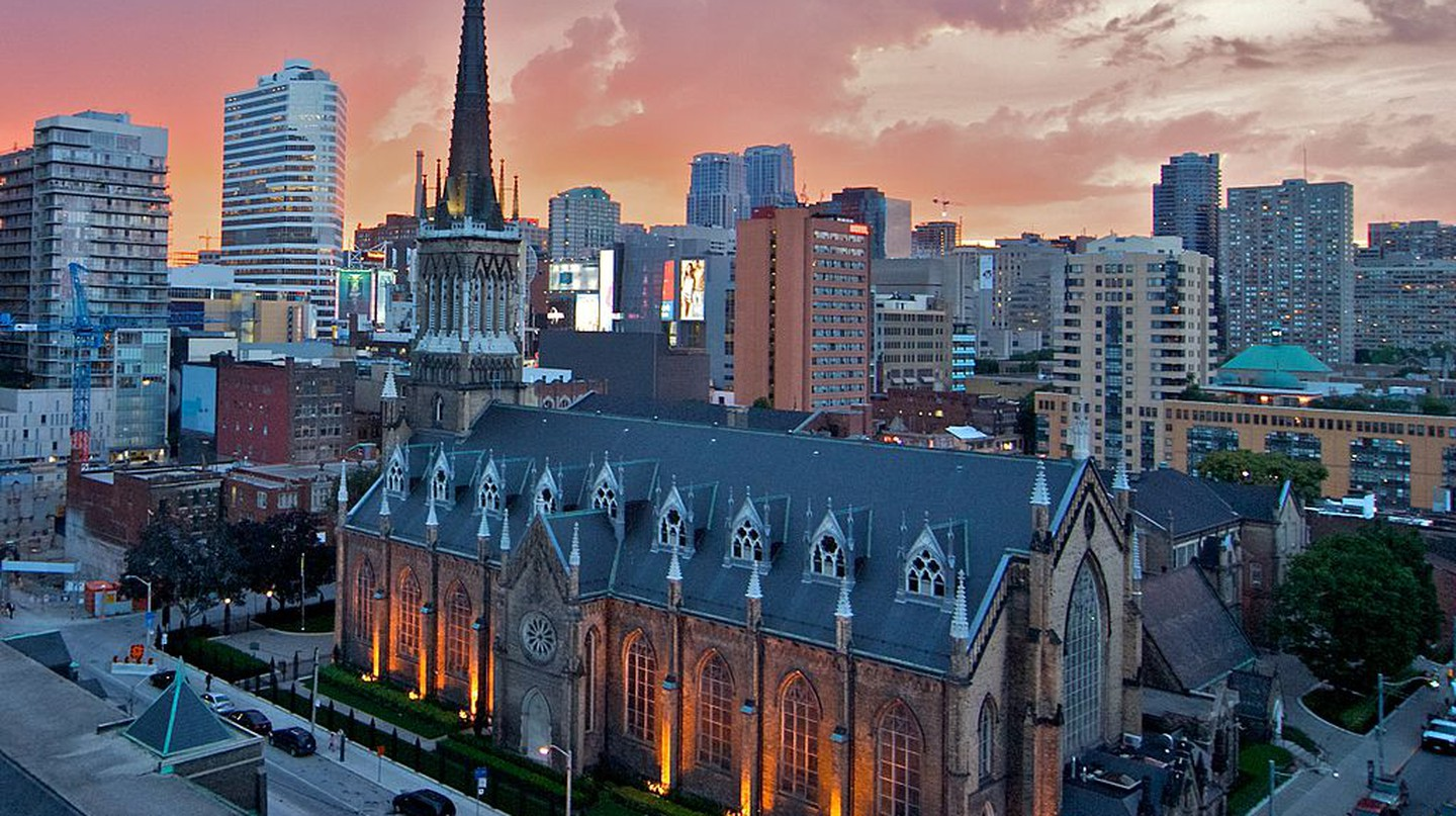 St. Michael's Cathedral at Sunset   © Brian / WikiCommons