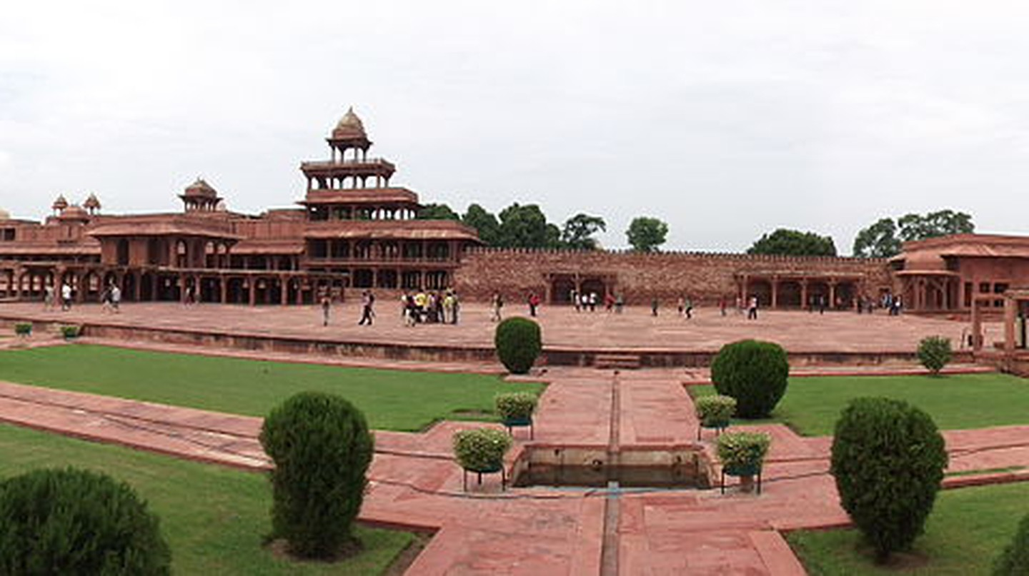Photos Of Fatehpur Sikri That Will Take You Back To The Mughal Era