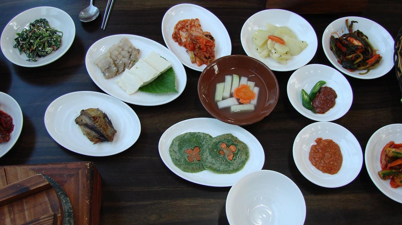 Korean lunchtime | © watchsmart / Flickr