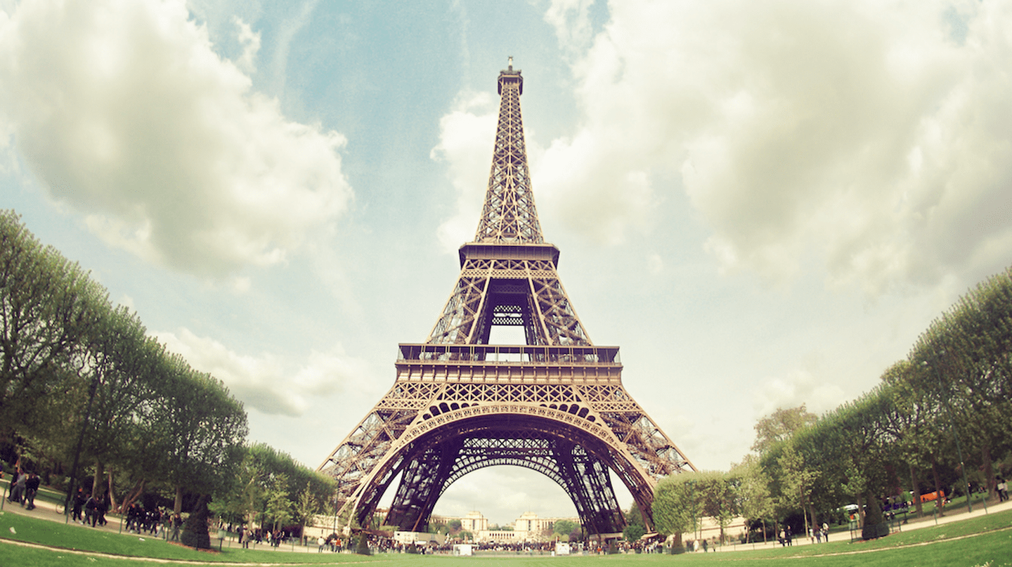 Eiffel Tower | © Juanedc/Flickr
