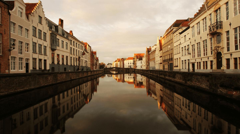 Canal in Bruges|Daniel Dionne/Flickr