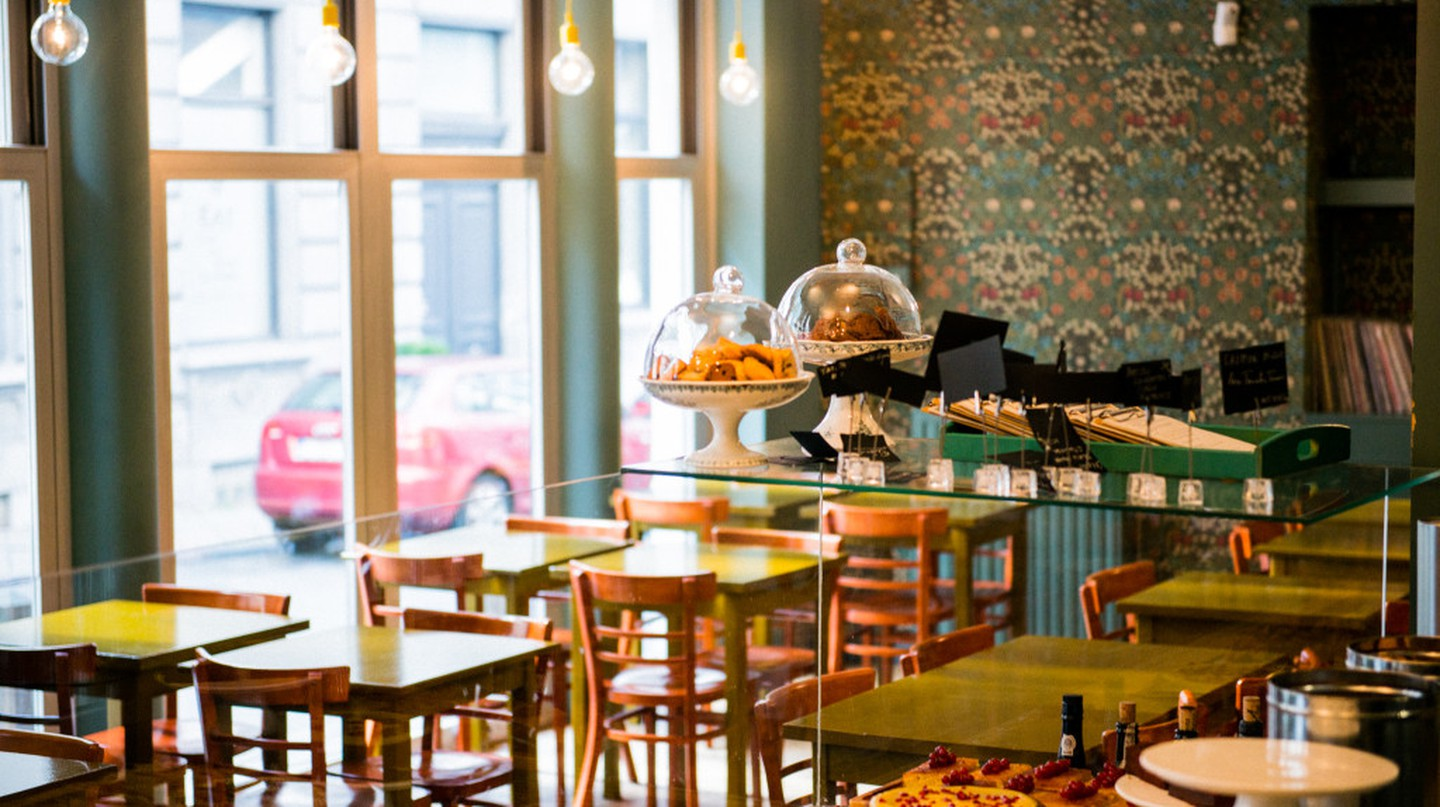 Cozy brunch at God Save the Cream | Courtesy of God Save the Cream