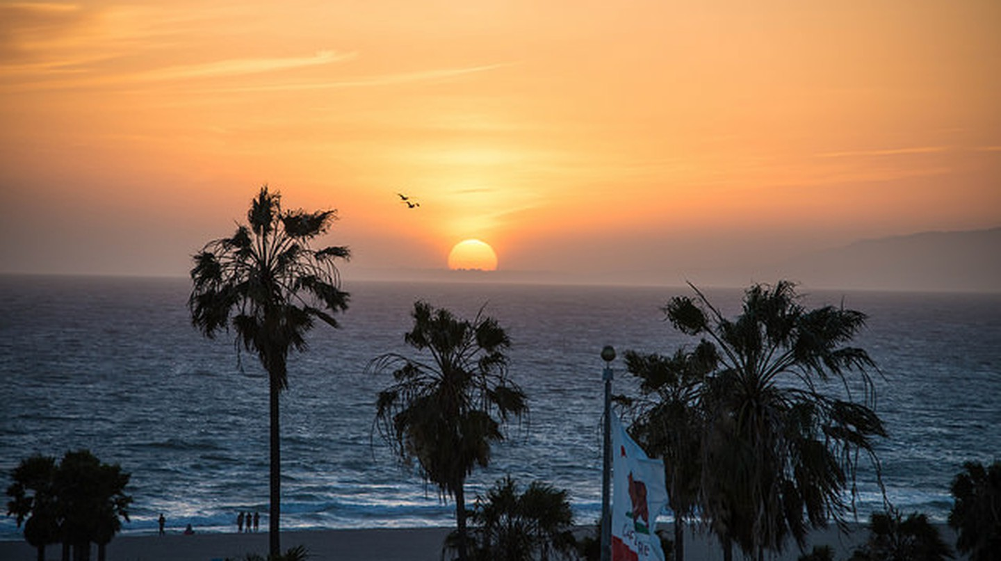 Sunset in Venice Beach © JordanRobinson/Flickr