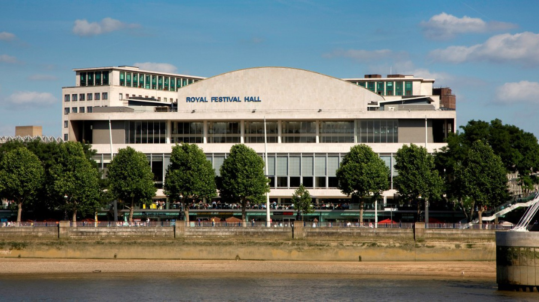 Royal Festival Hall | © Morley von Sternberg