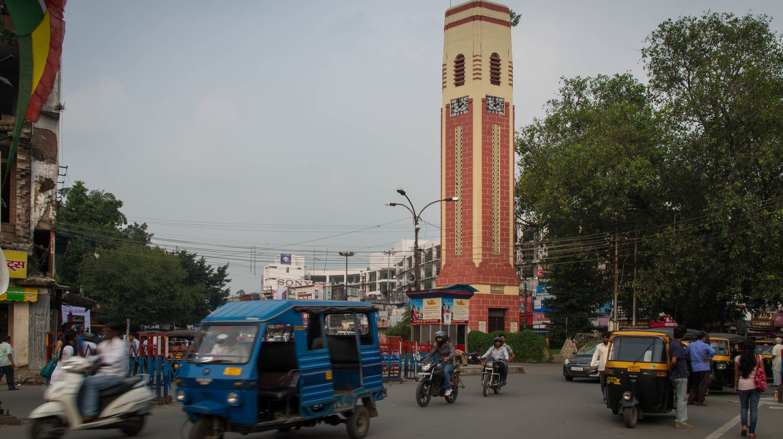 Dehradun, Ghanta Ghar (Clock tower) © Alan Hilditch/Flickr