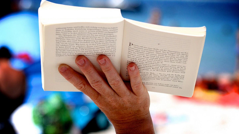 Reading | ©christoph g/ Flicker