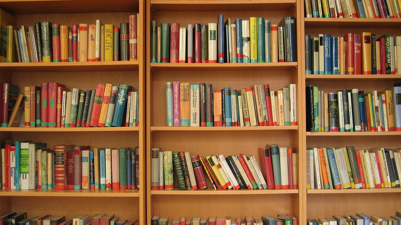 10 Books That Brilliantly Capture LA's Identity