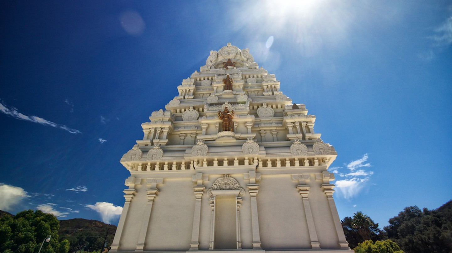Pyramid-like tower at the Malibu Hindu Temple | Courtesy of Josh McNair, CaliforniaThroughMyLens.com