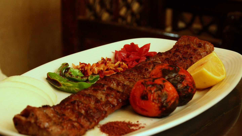 Kebab Koobideh|©Blondinrikard Fröberg/Flickr