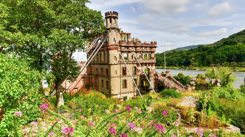 Bannerman Castle   © Felix Lipov/Shutterstock
