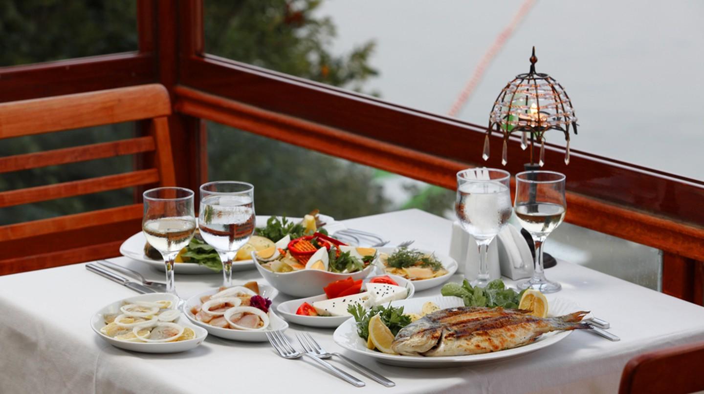 Food at Alakart Restaurant | Courtesy Antik Otel