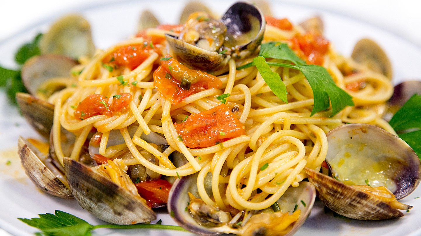 Linguine	Vongole	| Couresty of Eatalian Cafe