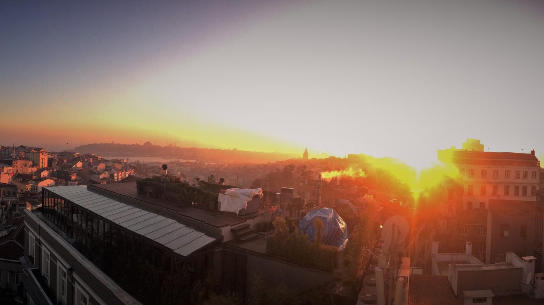 Istanbul Skyline | © Joey Leskin